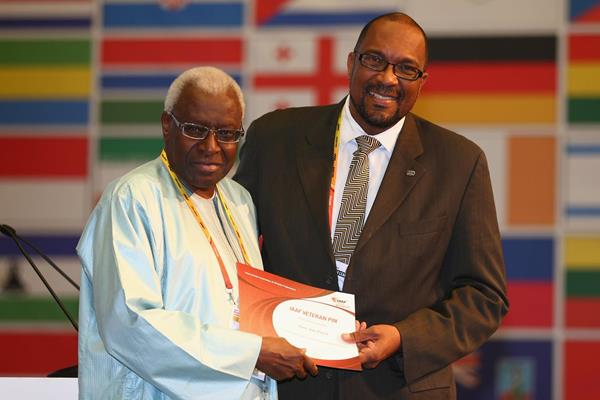 Alain Jean-Pierre receives an IAAF Veterans Pin at the 49th IAAF Congress in Moscow (IAAF)