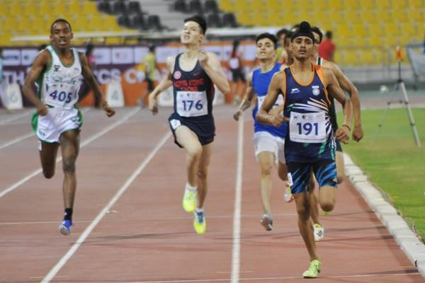 Beant Singh winning the 800m at the 1st Asian Youth Athletics Championships (organisers)