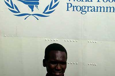 World Marathon record holder Tergat on a mission in Sudan (WFP)