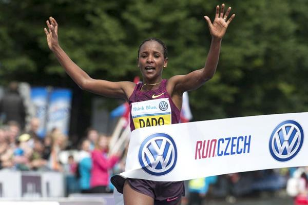 Firehiwot Dado wins in Prague (Volkswagen Prague Marathon)