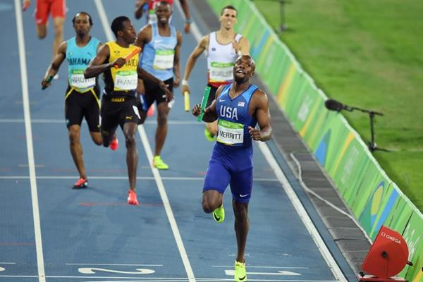 LaShawn Merritt anchors the USA to gold in the 4x400m at the Rio 2016 Olympic Games (Getty Images)