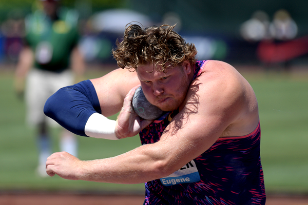 Shot put winner Ryan Crouser at the IAAF Diamond League meeting in Eugene (Kirby Lee)