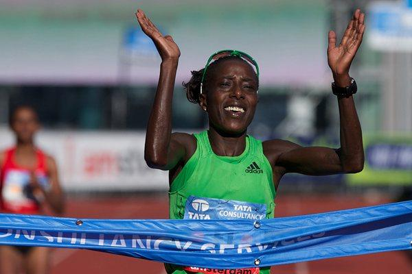 Lornah Kiplagat afte her third place finish in Amsterdam, clocking 2:25:52 (Orange Pictures)