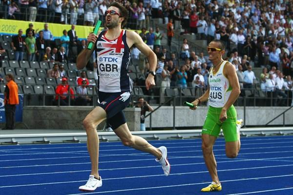 (L-R) Martyn Rooney of Great Britain & Northern Ireland and Sean Wroe of Australia in the final of the men's 4x400m at the 12th IAAF World Championships in Athletics (Getty Images)