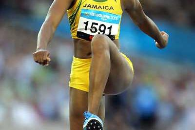 World champion Trecia Smith (JAM) takes Triple Jump with ease - Melbourne (Getty Images)
