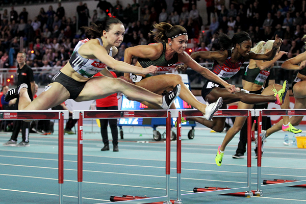 Pamela Dutkiewicz (centre), eventual winner of the 60m hurdles at the IAAF World Indoor Tour meeting in Torun (Jean-Pierre Durand)