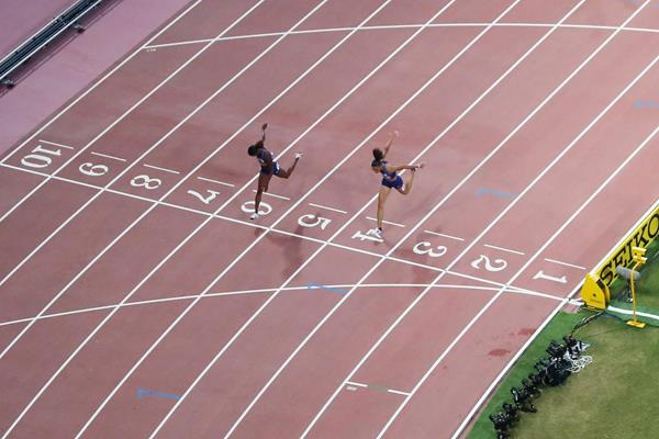 What a finish! Dalilah Muhammad edges Sydney McLaughlin in the 400m hurdles at the IAAF World Championships Doha 2019 (Getty Images)