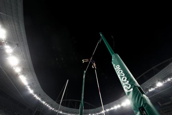 Thiago Braz da Silva wins the pole vault at the Rio 2016 Olympic Games (Getty Images)
