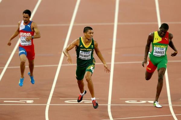 Wayde van Niekerk wins the 400m at the IAAF World Championships, Beijing 2015 (Getty Images)