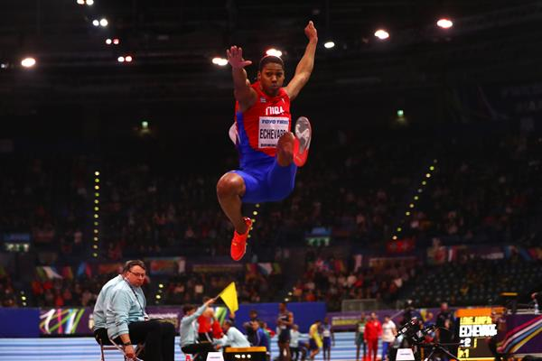 Juan Miguel Echevarria jumps to victory at the IAAF World Indoor Championships Birmingham 2018 (Getty Images)