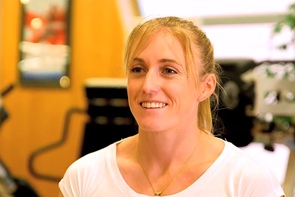 Sally Pearson on IAAF Inside Athletics (IAAF)