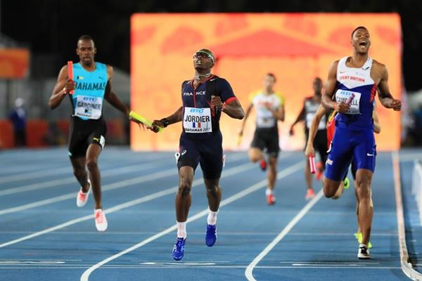 Thomas Jordier anchors France to victory in the heats of the men's 4x400 in Nassau (Getty Images)