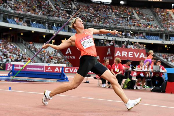 Barbora Spotakova at the 2015 IAAF Diamond League meeting in Paris (Jiro Mochizuki)