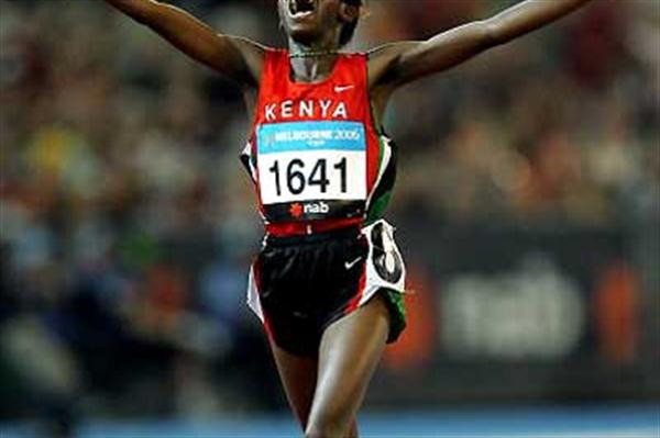 Lucy Wangui (KEN) takes 10,000m gold - Melbourne (Getty Images)