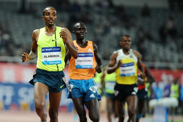 Yenew Alamirew wins the 5000m at the 2014 IAAF Diamond League meeting in Shanghai (Errol Anderson)