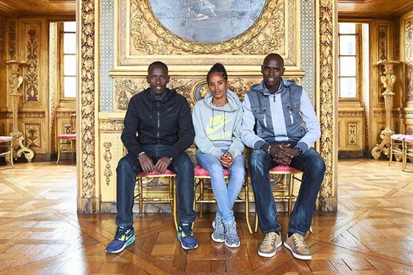 Cyprian Kotut, Meseret Mengistu and Mark Korir ahead of the 2016 Paris Marathon (Jiro Mochizuki)