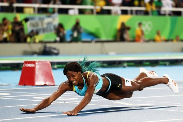 Shaunae Miller wins the 400m at the Rio 2016 Olympic Games (Getty Images)