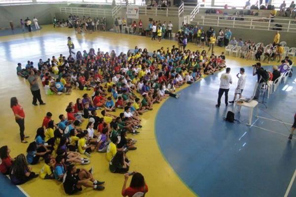 The opening ceremony for the Nanairo Ekiden Rio 2016 (Correr Bem)