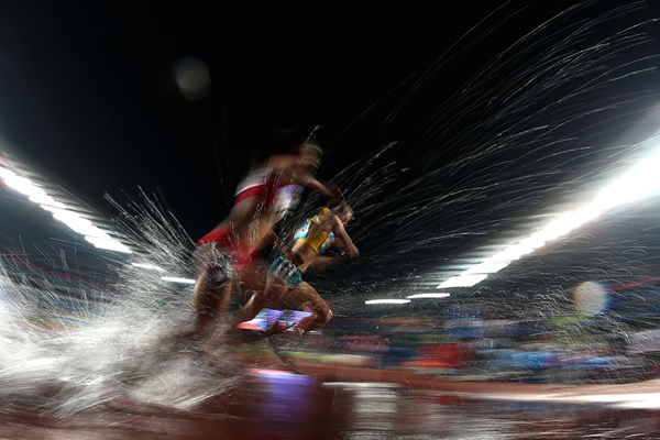 Athletes in action in the steeplechase at the Youth Olympic Games (IOC)