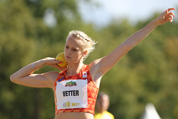 Anouk Vetter in the heptathlon shot put at the Decastar meeting in Talence (Jean-Pierre Durand)
