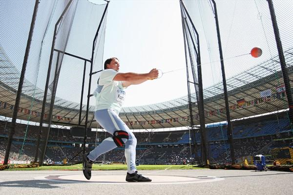 Primoz Kozmus of Slovenia reaches the automatic qualifying mark in the men's Hammer Throw first round (Getty Images)