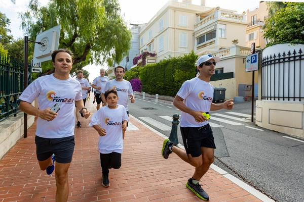 Driving legends Felipe Massa and Lucas Di Grassi in the Athletics Family Mile Run in Monaco (Robert Palomba)