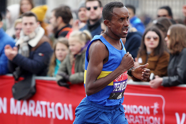 Tsegai Tewelde at the London Marathon (Getty Images)