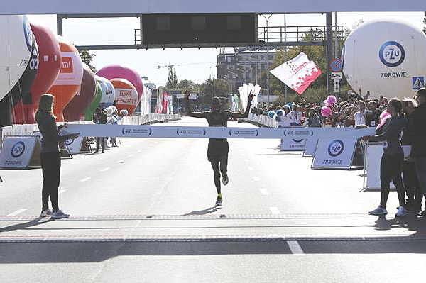 David Metto wins the PZU Warsaw Marathon (Organisers)