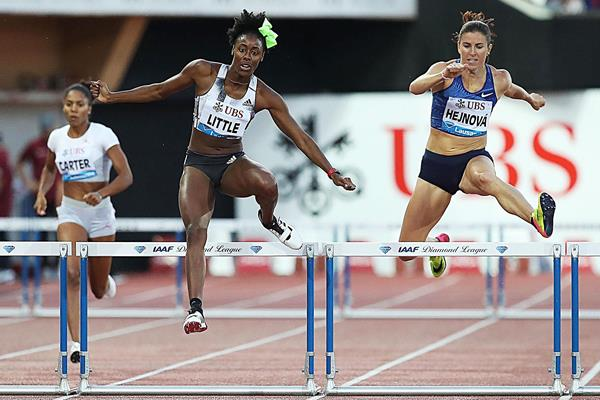 Shamier Little in the homestretch of the 400m hurdles at the IAAF Diamond League meeting in Lausanne (Giancarlo Colombo)