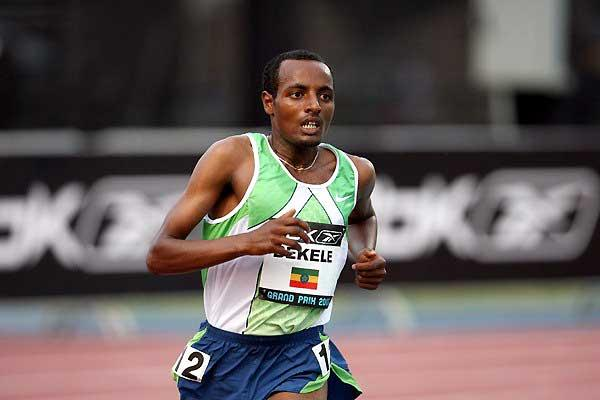 Tariku Bekele on his way to 5000m win in New York (Victah Sailer)