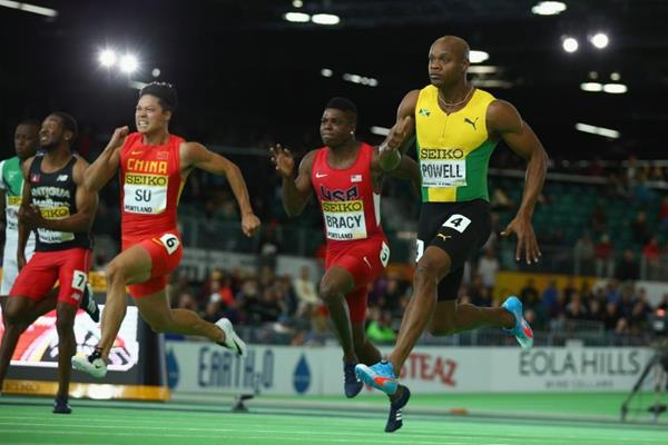 Asafa Powell wins his 60m semifinal at the IAAF World Indoor Championships Portland 2016 (Getty Images)