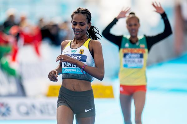 Melat Yisak Kejeta crosses the line in second place at the World Athletics Half Marathon Championships Gdynia 2020 (AFP / Getty Images)