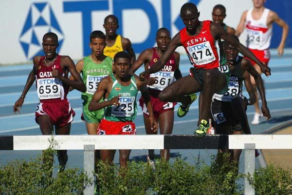 Ronald Kipchumba Rutto of Kenya leads to win the 3000m Steeplechase Final (Getty Images)