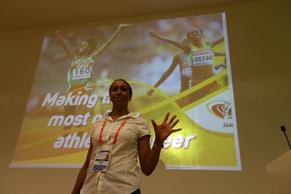 Charmaine Crooks addresses the media training seminar in Eugene - 'Making The Most Of My Athletics Career' (Getty Images)