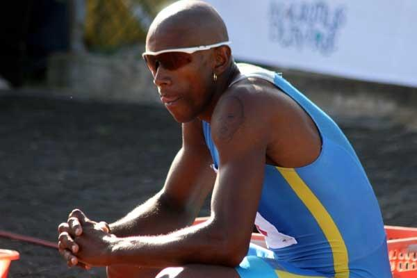 Stephan Buckland awaits 200m race in Mauritius (Rey Quirin)