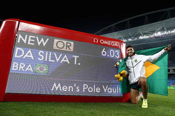 Thiago Braz celebrates his Olympic Record in Rio (Getty Images)