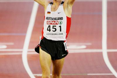 Jan Fitschen after his dramatic 10,000m win in Gothenburg (Getty Images)