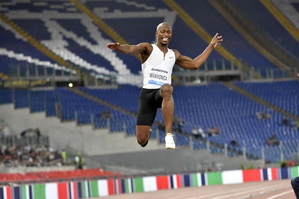 Luvo Manyonga sails to victory in Rome (Hasse Sjogren)