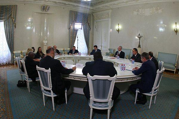 IAAF President Lamine Diack and Secretary General Essar Gabriel meeting with Moscow 2013 Organisers (Organisers)