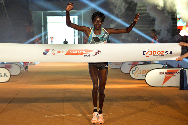 Jane Kiptoo wins the Lodz Marathon (Organisers)