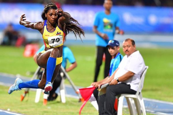 Caterine Ibarguen en route to a 14.92m CAC Games record in Baranquilla (AFP/Getty Images)