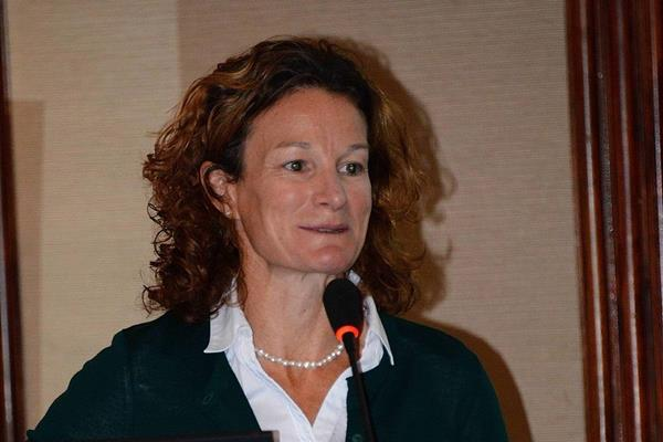 Sonia O'Sullivan at the IAAF Global Seminar on Cross Country Running, Belgrade 2013 (Sean Wallace-Jones / IAAF)