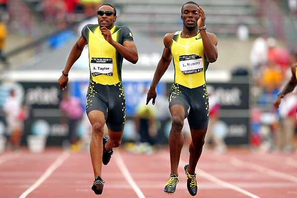 Angelo Taylor battles with LaShawn Merritt - USATF (Getty Images)