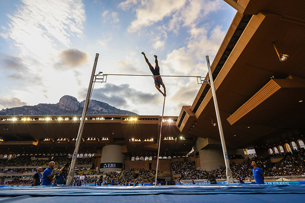 Pole vault winner Piotr Lisek at the IAAF Diamond League meeting in Monaco (Philippe Fitte)