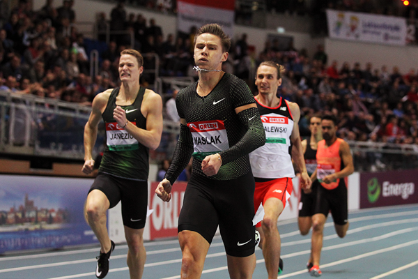 Pavel Maslak on his way to winning the 400m at the IAAF World Indoor Tour meeting in Torun (Jean-Pierre Durand)