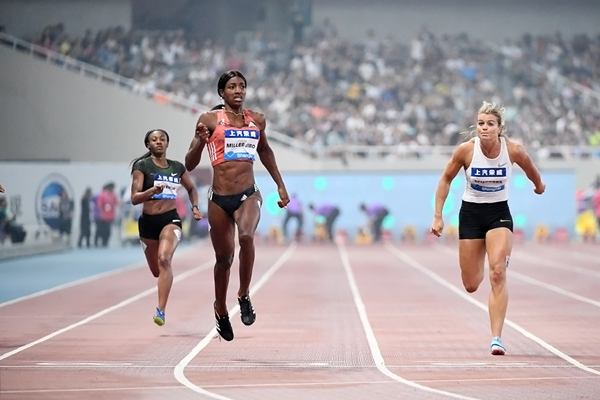 Shaunae Miller-Uibo wins the 200m at the IAAF Diamond League meeting in Shanghai (Errol Anderson)