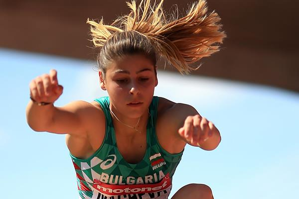 Aleksandra Nacheva of Bulgaria jumps to triple jump gold at the IAAF World U20 Championships Tampere 2018 (Getty Images)