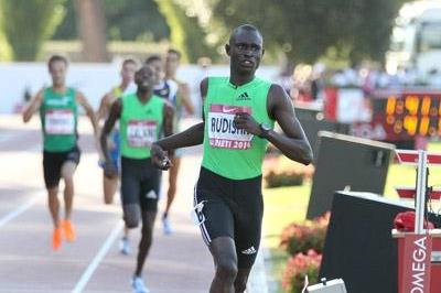 David Rudisha crosses in world record of 1:41.01 in Rieti (Victah Sailer)