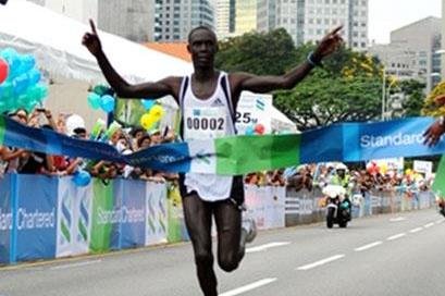 Luke Kibet bounces back with a solid victory in Singapore (Pat Butcher)