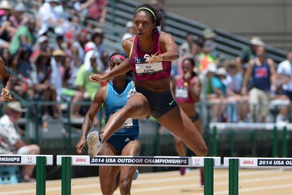 Kori Carter wins the US 400m hurdles title (Kirby Lee)